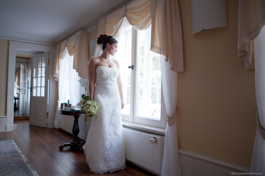 beautiful-bride-by-picture-me-beautiful-photography-uk