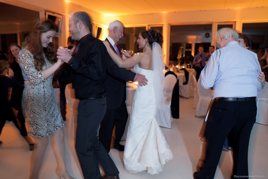 wedding-party-dancing-by-picture-me-beautiful-photography-uk-