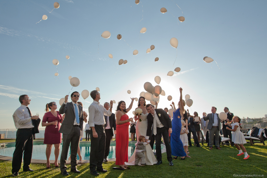 balloon-release-by-picture-me-beautiful-wedding-photography UK