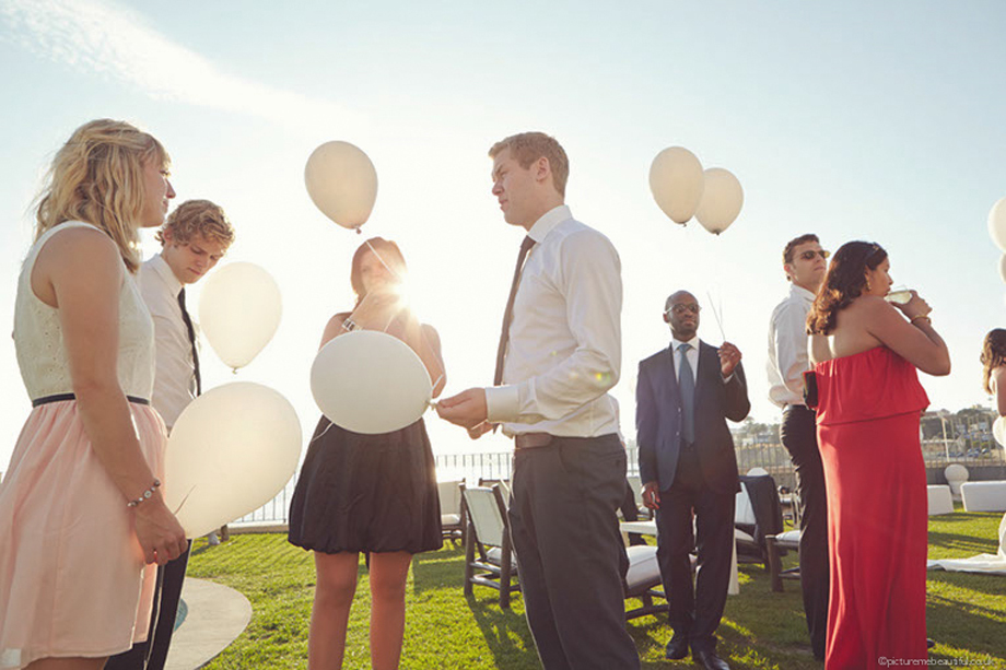 balloons-by-picture-me-beautiful-wedding-photography