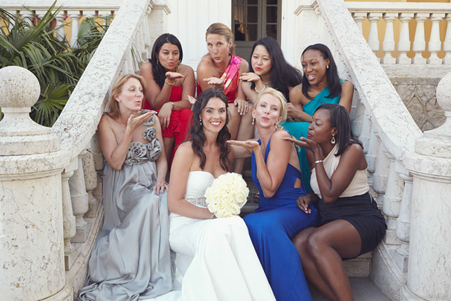 blowing-kisses-by-picture-me-beautiful-wedding-photography