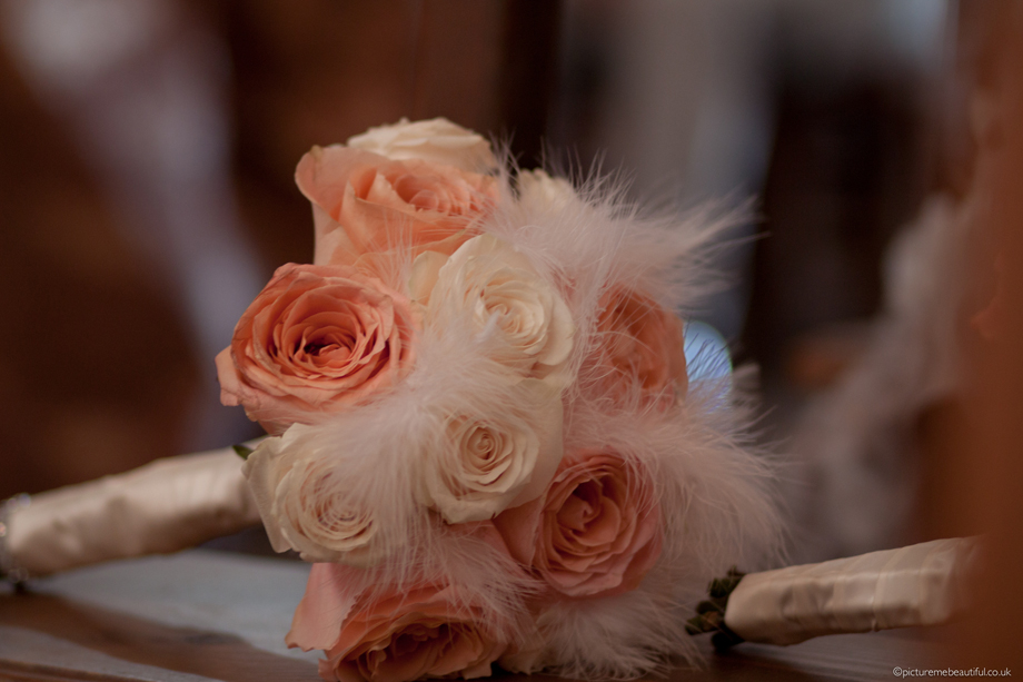 wedding-bouquet-by-picture-me-beautiful-photography-uk